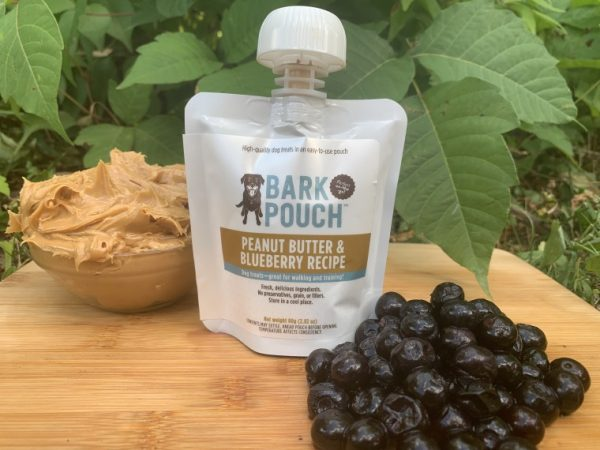80-gram Peanut Butter & Blueberry Bark Pouch dog treats